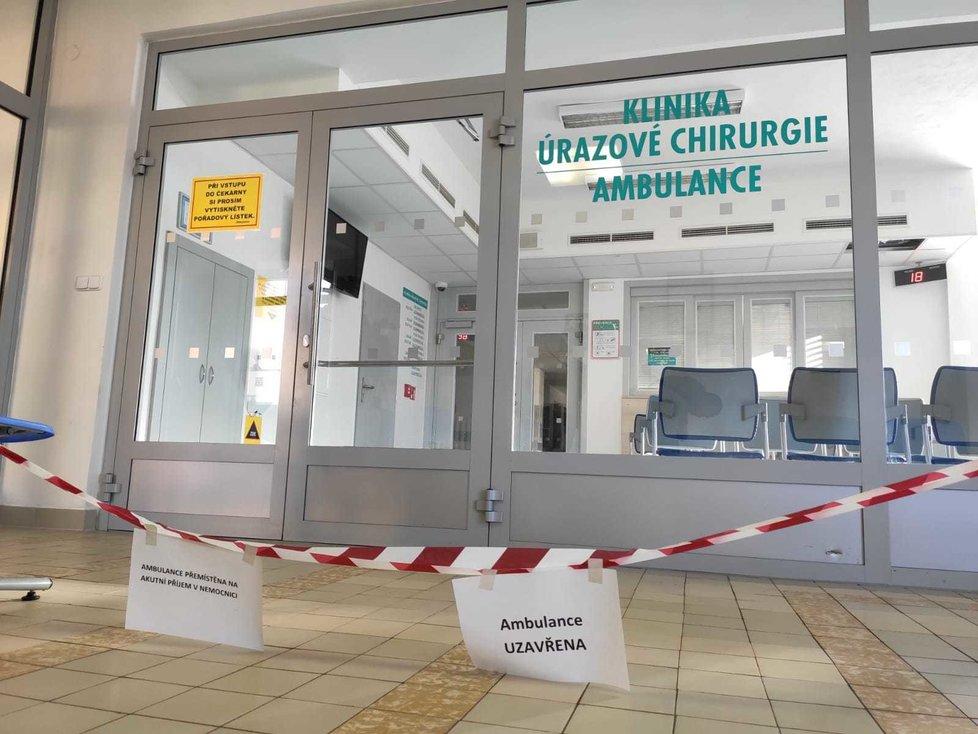 Kriminalisté stále zpracovávají stopy v čekárně ambulance FN Ostrava, kde v úterý ráno Ctirad Vitásek (†42) zastřelil šest nevinných lidí a další tři zranil.