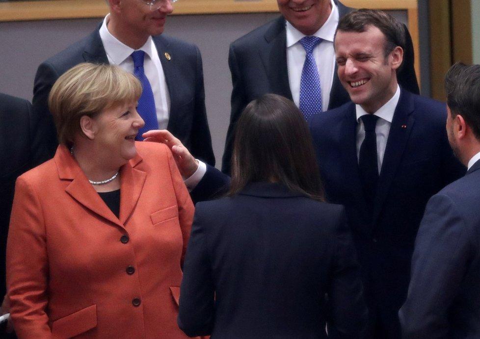 Summit EU v Bruselu: Německá kancléřka Angela Markelová a francouzský prezident Emmanuel Macron