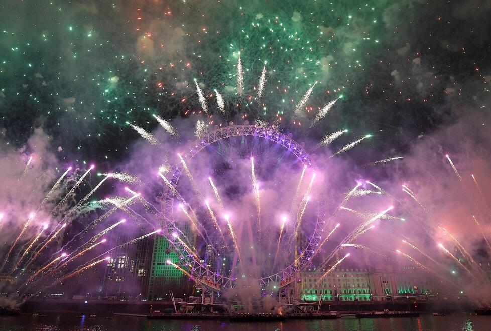 Silvestrovská oslava v Londýně: Takhle britská metropole vítala příchod roku 2020.