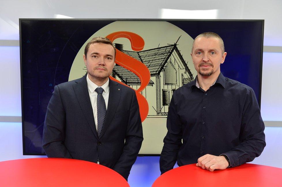 Náměstek ministra průmyslu a obchodu René Neděla byl hostem pořadu Epicentrum vysílaného dne 8.1.2020. Vpravo moderátor Bohuslav Štěpánek.