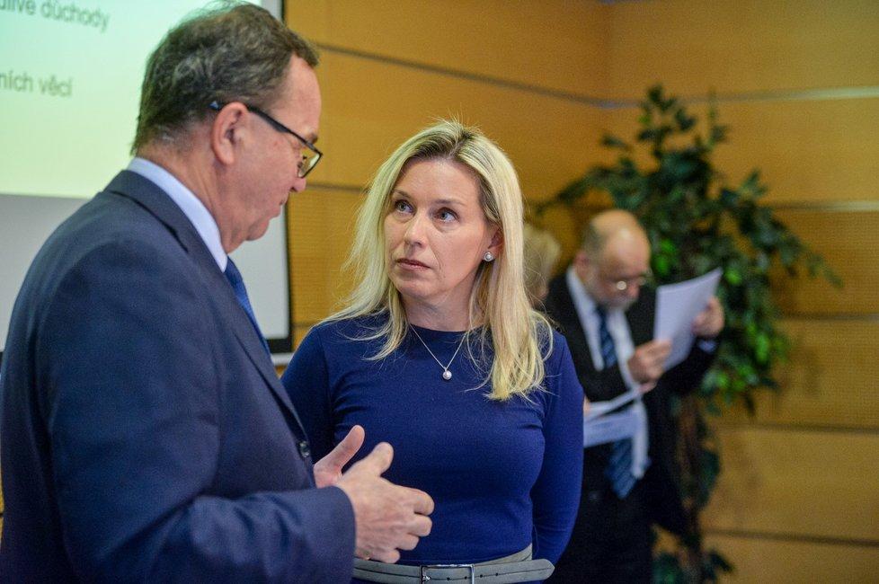 Předsedkyně Danuše Nerudová na jednání Komise pro spravedlivé důchody (10. 1. 2020)