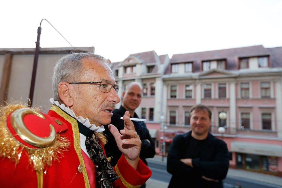 Jaroslav Kubera jako principál v Prodané nevěstě