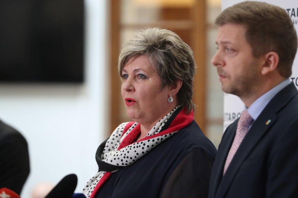 Věra Kovářová a Vít Rakušan před jednáním Sněmovny. (21. 1. 2020)