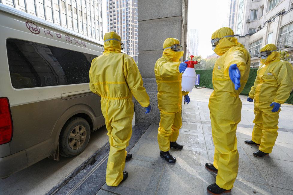 Opatření proti koronaviru ve Wu-chanu, ohnisku nákazy (31.1.2020)