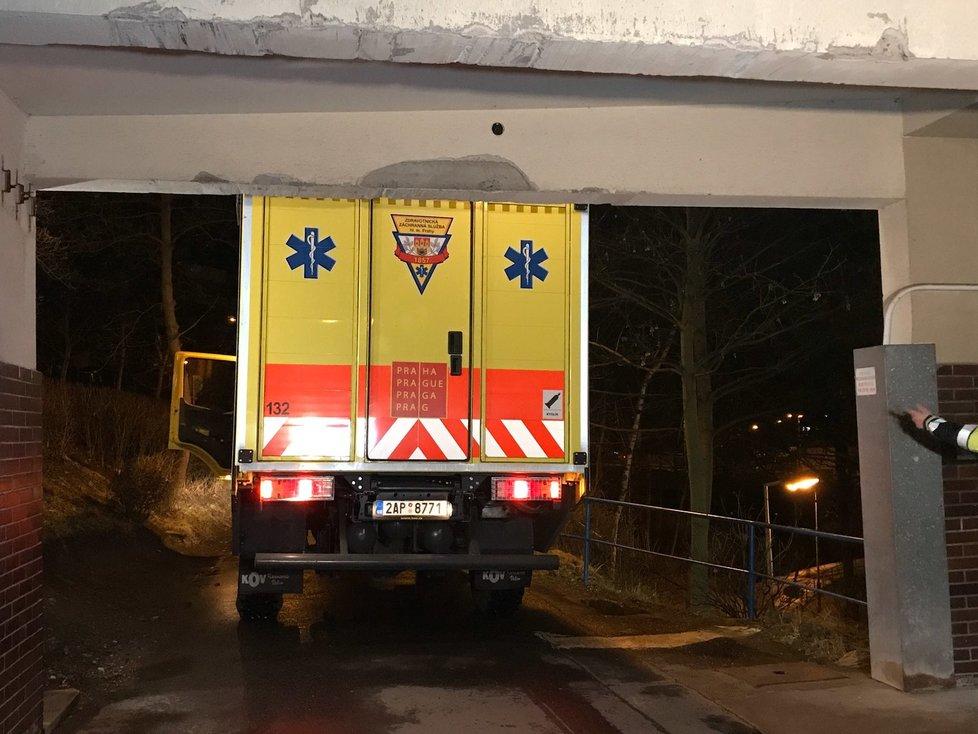 Češi z Wu-chanu dorazili do pražské Nemocnice Na Bulovce (3.2.2020)