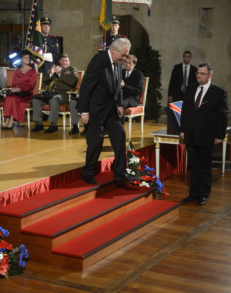 Státní vyznamenání 2013: Miloš Zeman tehdy vyznamenal i filosofa Erazima Koháka