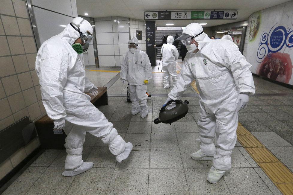 Obavy z dalšího šíření epidemie koronaviru v Jižní Koreji (21.2.2020)