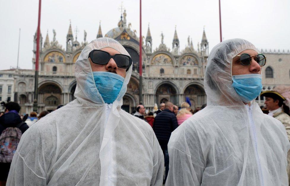 Benátky naplno zasáhly obavy z nového koronaviru (23. 2. 2020)