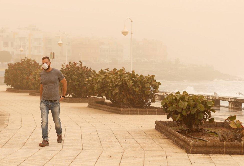 Kanárské ostrovy zahalila písečná bouře ze Sahary