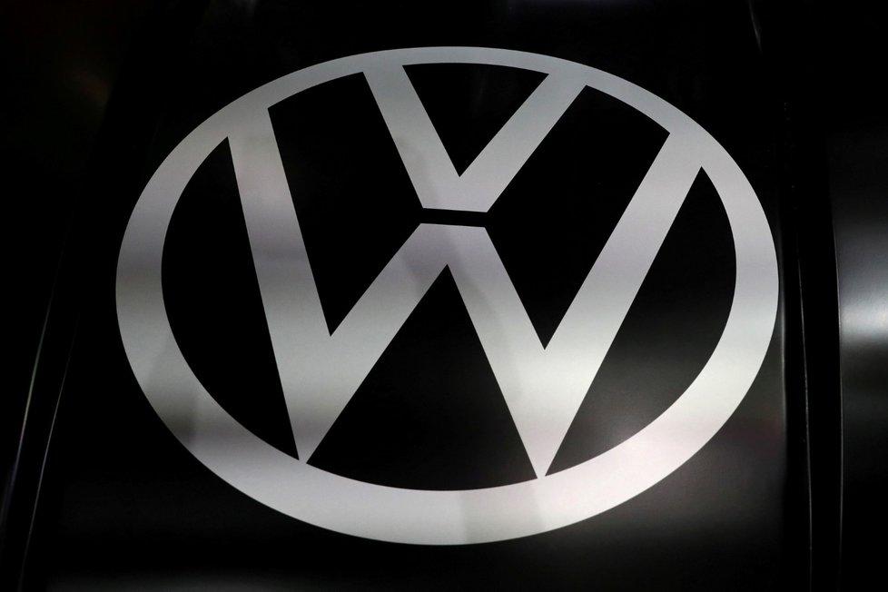 Logo německé automobilky Volskwagentováren Volkswagenu je opět v provozu