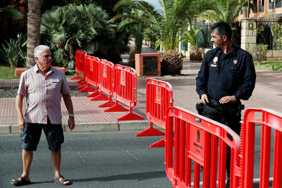 Turisté včetně Čechů skončili v karanténě v hotelu H10 Costa Adeje Palace na Kanárech