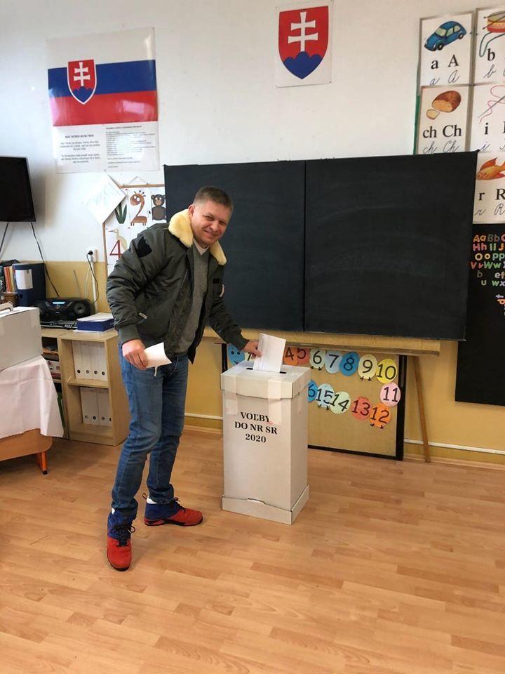 Předseda Smer-SD Robert Fico u slovenských voleb