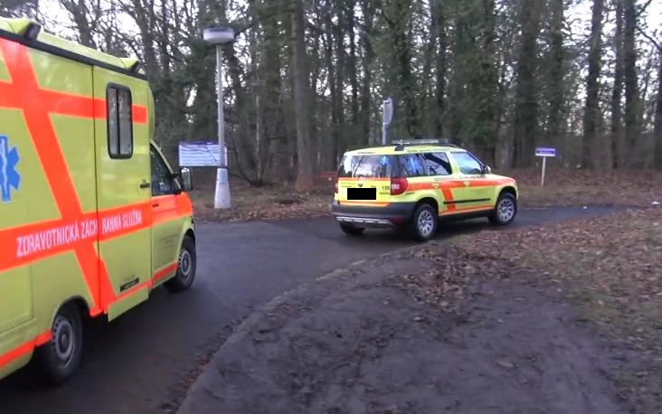 Převoz Čecha z Ústí nad Labem do Nemocnice na Bulovce: Koronavirem se nakazil v Itálii (1.3.2020)