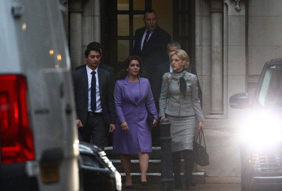 Princezna Hajá po slyšení u odvolacího soudu.