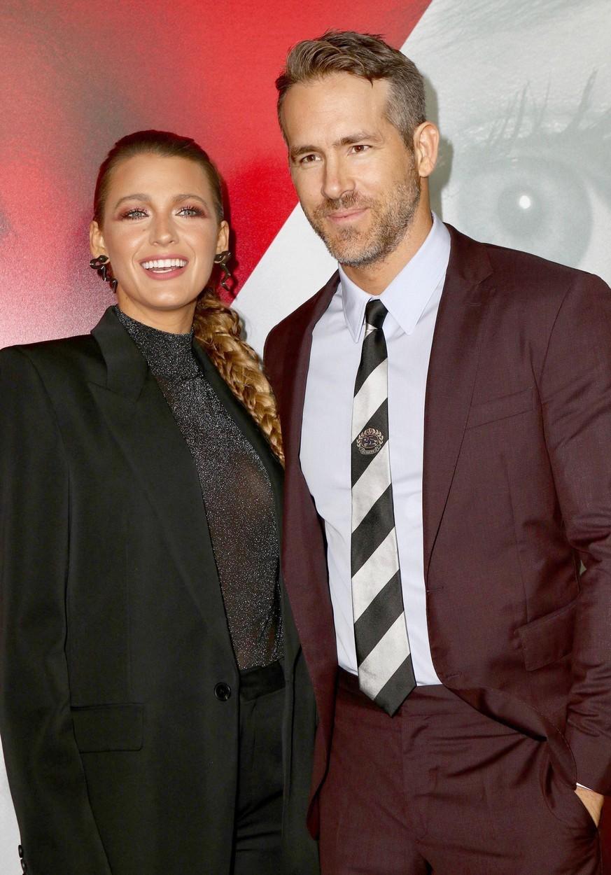 Blake Lively (32) a Ryan Reynolds (43), rozdíl 11 let