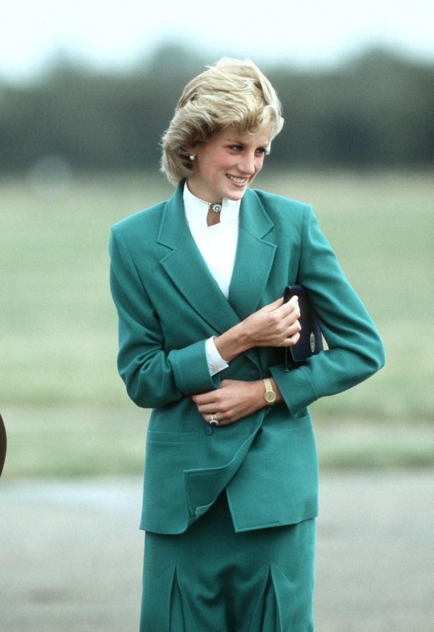 Sukňové kostýmky nosila často princezna Diana