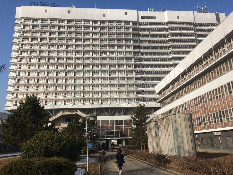 Fakultní nemocnice Brno čelí útoku hackerů.
