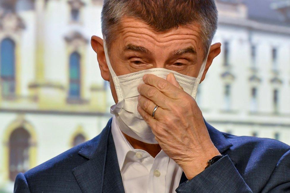 Premiér Andrej Babiš (ANO) na jednání vlády (30.3.2020)