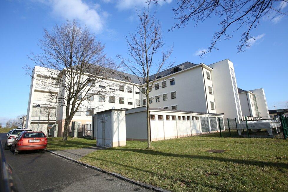 Ústřední vojenská nemocnice ve Střešovicích
