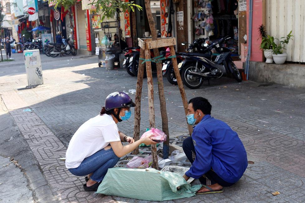 Nákaza koronavirem se nevyhnula ani Vietnamu. (5.4.2020)