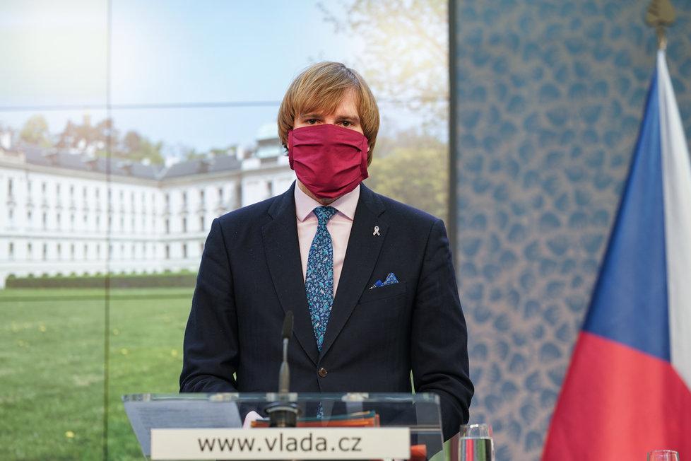 Jednání vlády o koronaviru: ministr zdravotnictví Adam Vojtěch (6.4.2020)