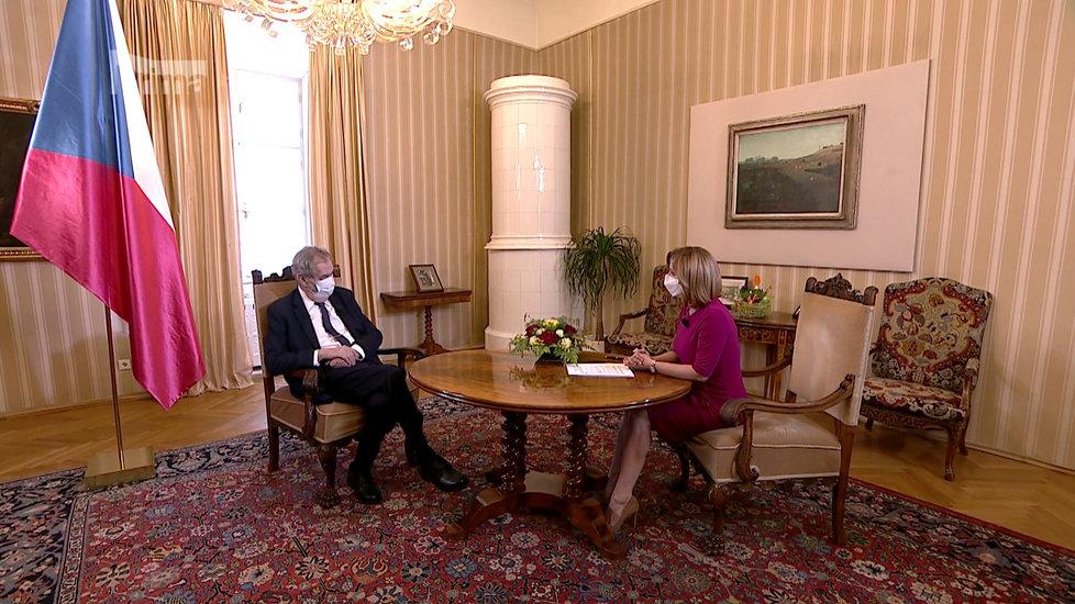 Zeman o koronaviru na FTV Prima mluvil i o promořování. Vyzpovídala ho moderátorka Terezie Tománková (12.4.2020)