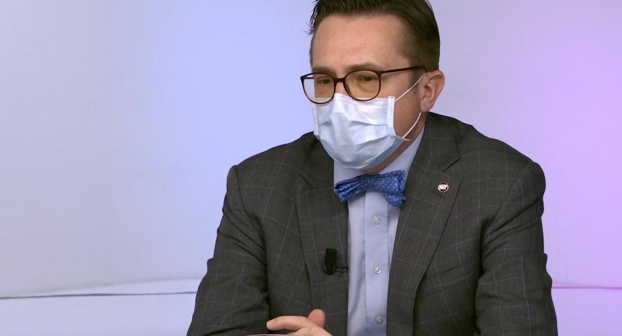 Roman Šmucler v pořadu ČT Otázky Václava Moravce (12.4.2020)