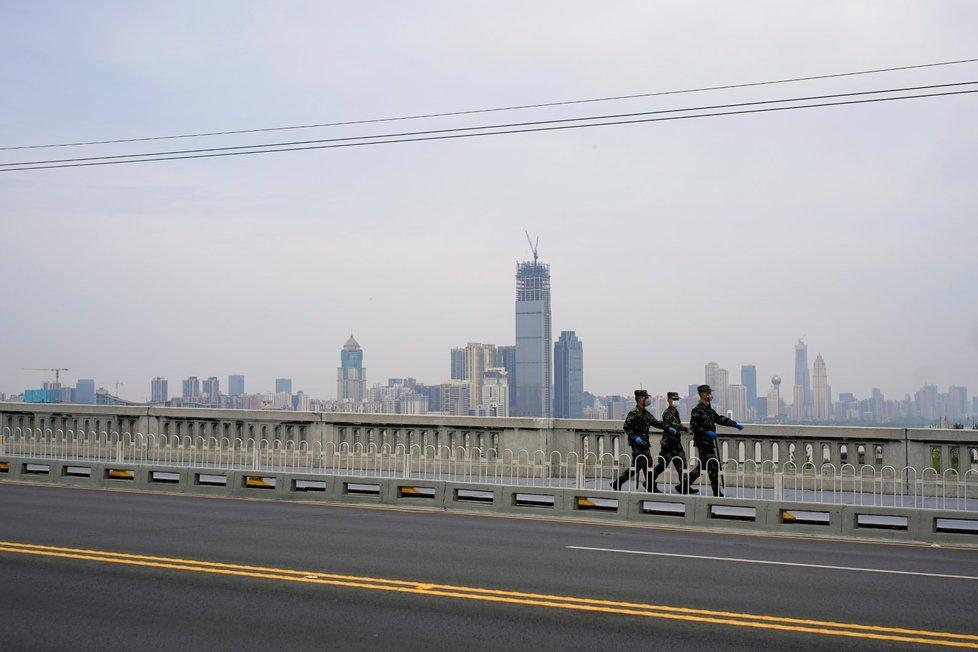 Plošná karanténa ve Wu-Chanu už byla zrušena. (14. 4. 2020)