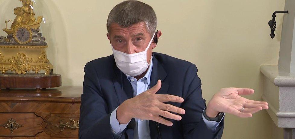 Premiér Andrej Babiš (ANO) v rozhovoru z Hrzánského paláce pro ČT (15. 4. 2020)