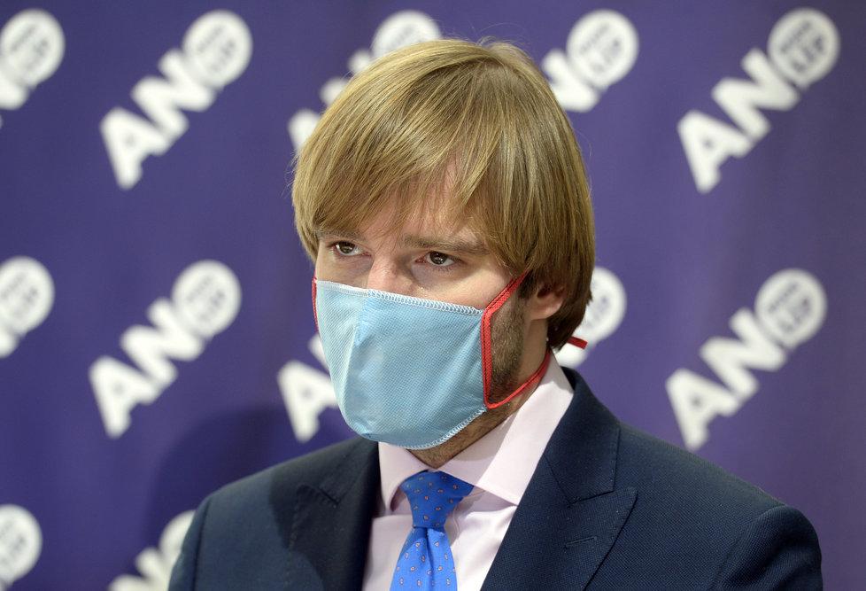 Sněmovna o koronaviru: Adam Vojtěch na tiskovce ANO (21.4.2020)