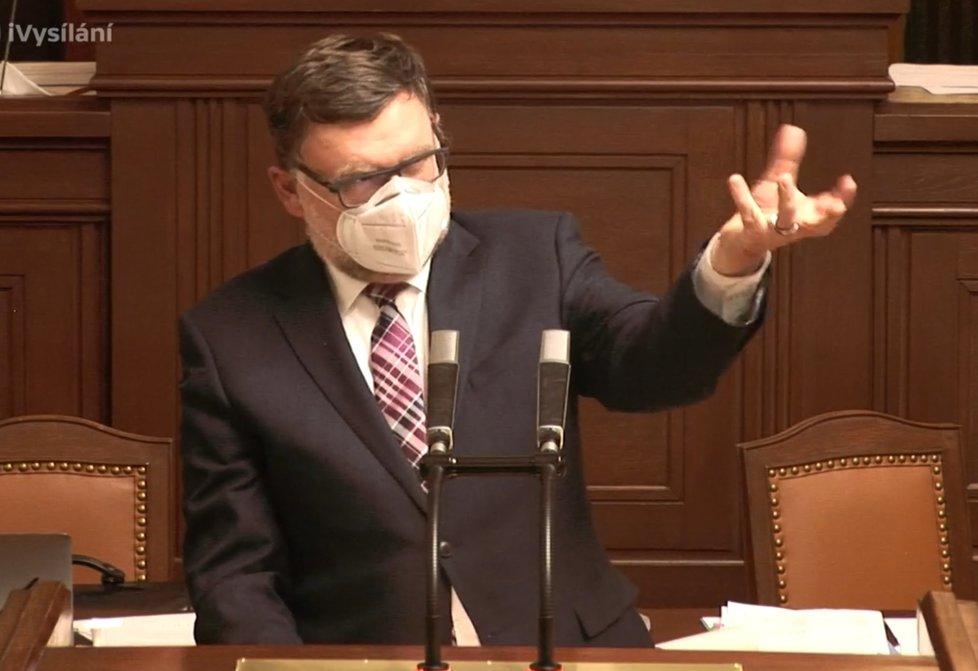 Sněmovna o koronaviru: Stanjura (ODS) říkal, že nemá křišťálovou kouli jako Schillerová (za ANO) (22.4.2020)