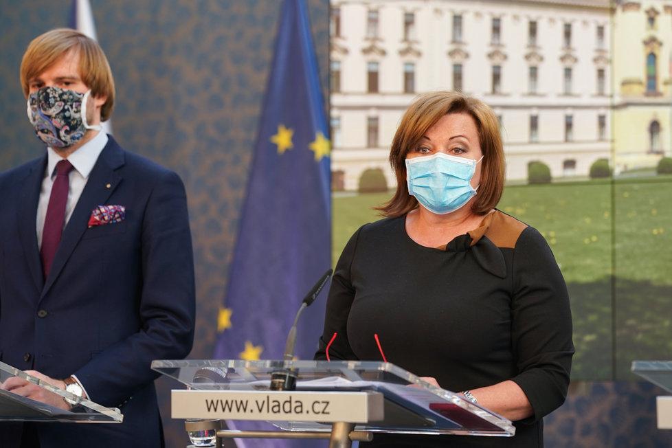 Vláda o koronaviru: Alena Schillerová a Adam Vojtěch (20.4.2020)