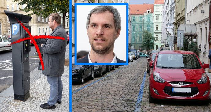 Od 28. dubna od 00:00 hod. už řidiči budou muset platit za parkování v parkovacích zónách. V Praze to ale z nařízení primátora neplatí. Pražané začnou za stání v zónách platit až 11. května.