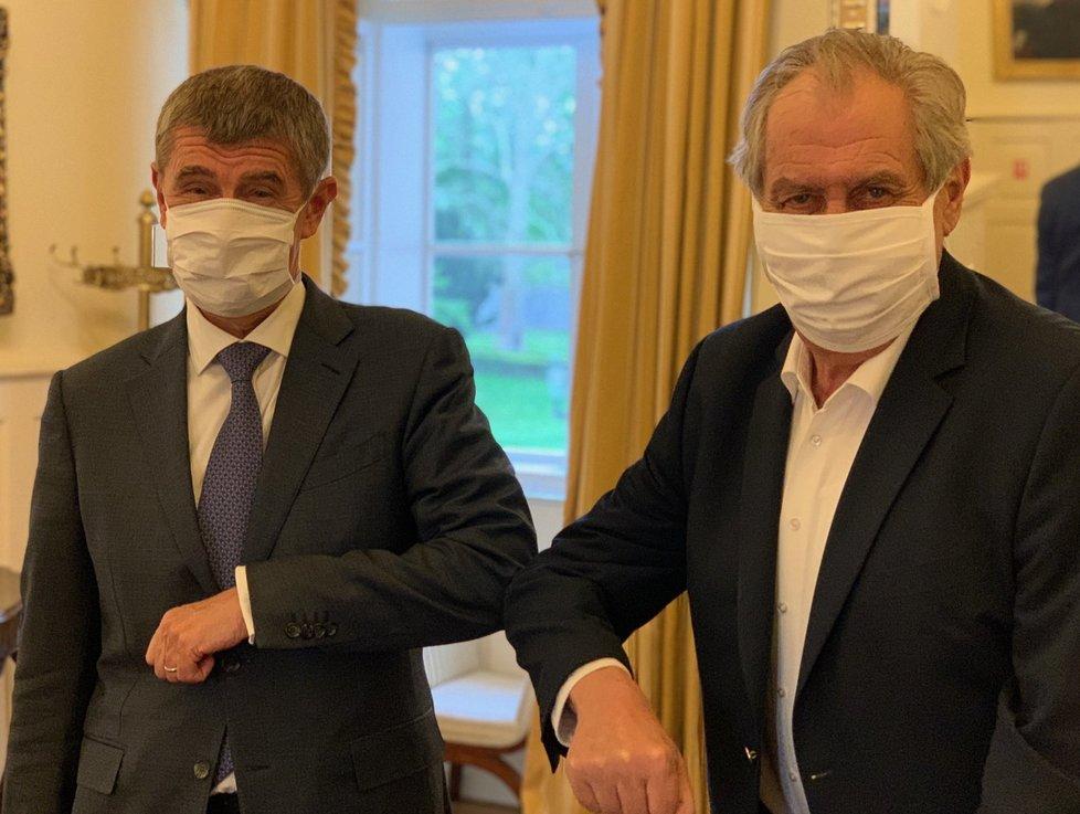 Prezident Miloš Zeman se sešel na pravidelné schůzce s premiérem Andrejem Babišem (ANO).
