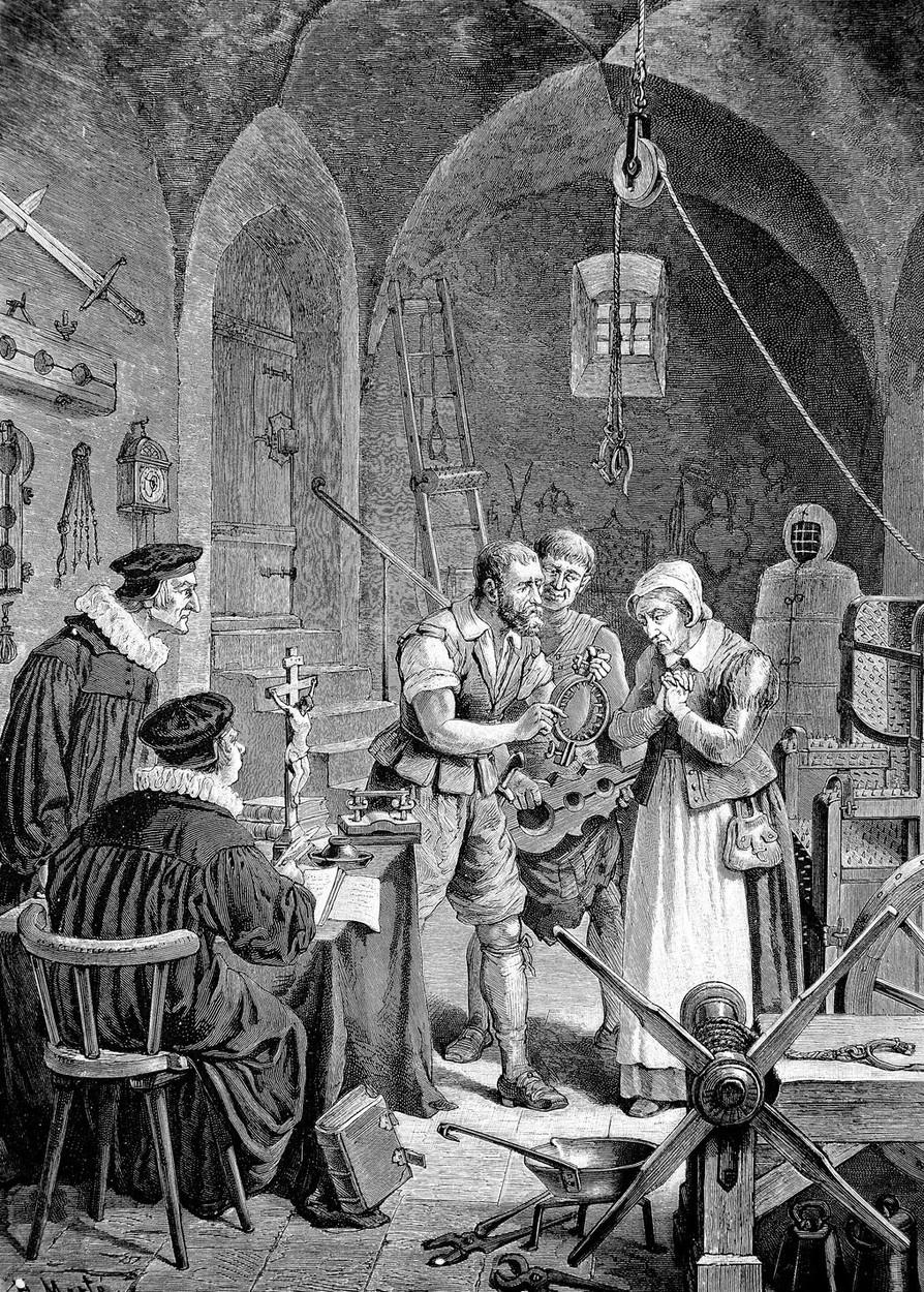 Čarodějnici ukazují mučící nástroje