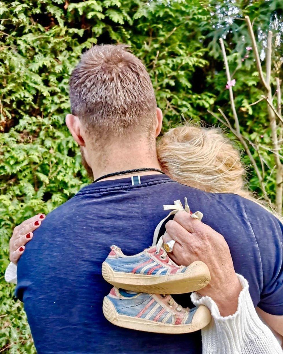Vendula Pizingerová s manželem Josefem čekají dítě.