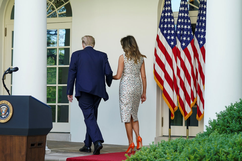 Prezident USA Donald Trump s manželkou Melanií.