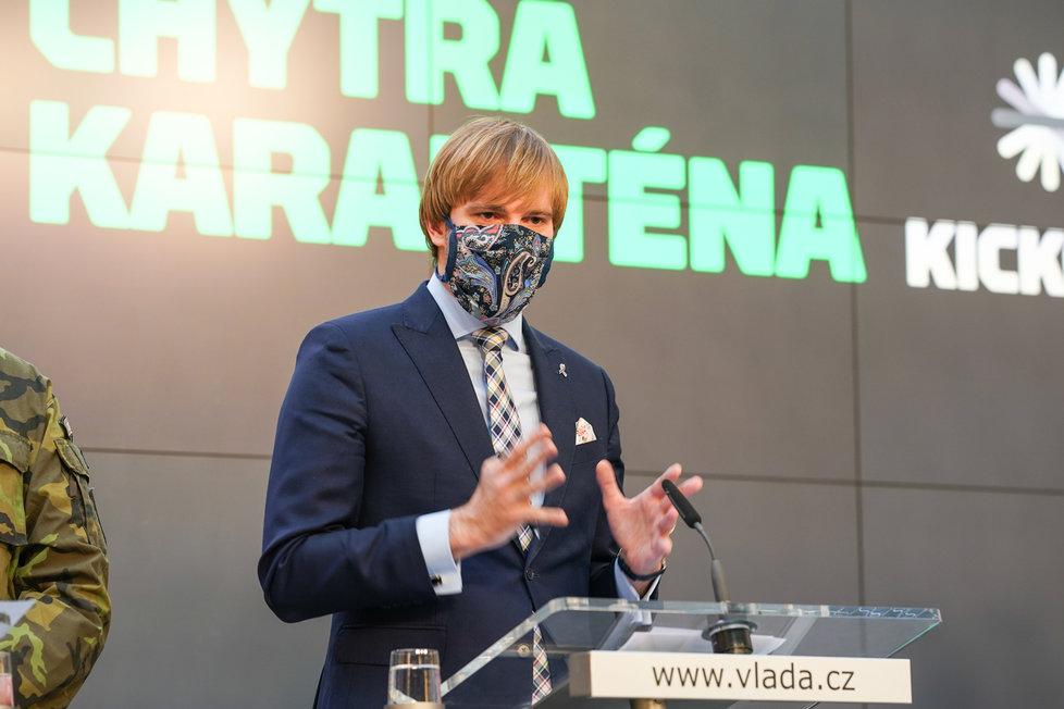 Tisková konference k projektu Chytrá karanténa: Ministr zdravotnictví Adam Vojtěch (za ANO; 7. května 2020)