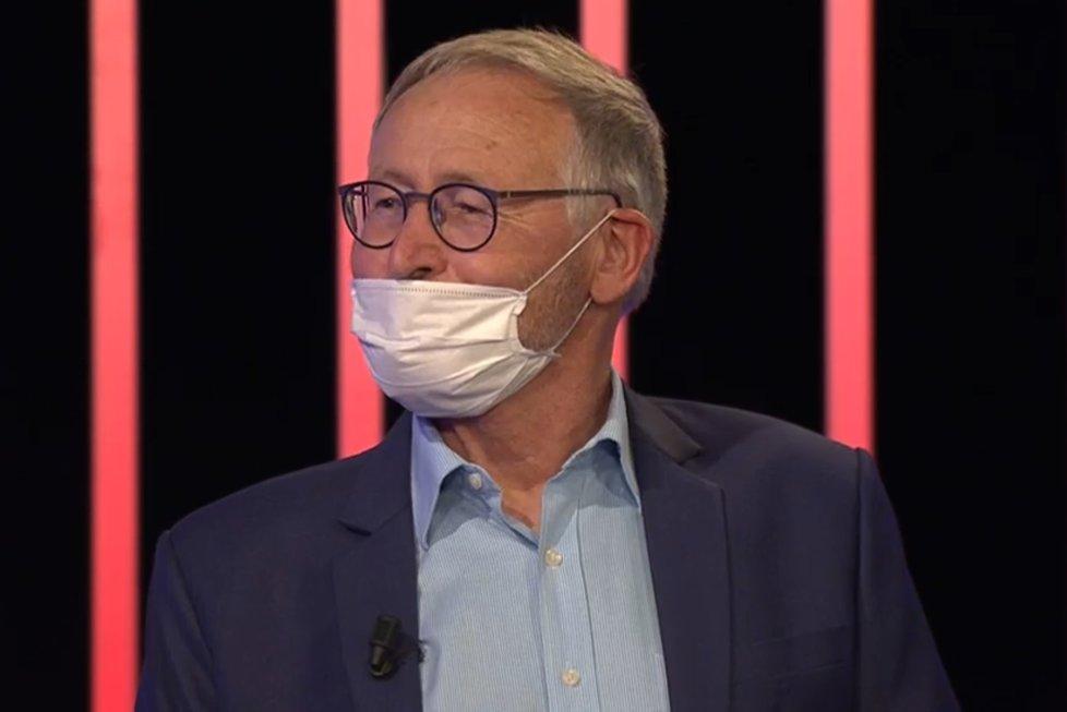 Zdeněk Hostomský, ředitel Ústavu organické chemie a biochemi AV ČR, v pořadu Máte slovo debatoval o koronaviru