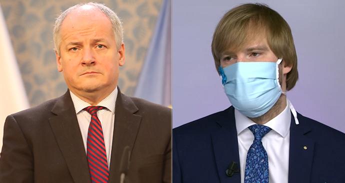 Roman Prymula (vlevo) naradí Adam Vojtěch (za ANO) na postu ministra