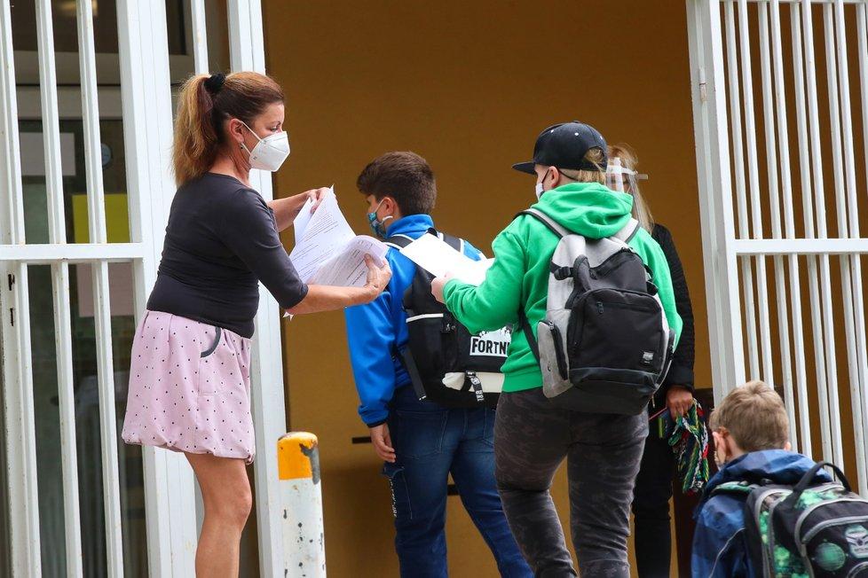 Do lavic se vrátily i děti ze základní školy Anežky České v Ústí nad Labem.