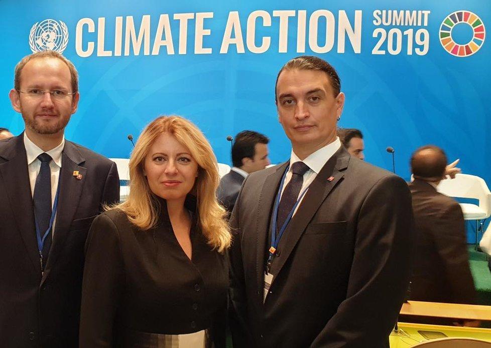 Slovenská prezidentka Zuzana Čaputová s novým partnerem Jurajem Rizmanem (vpravo) na setkání na podporu klimatu