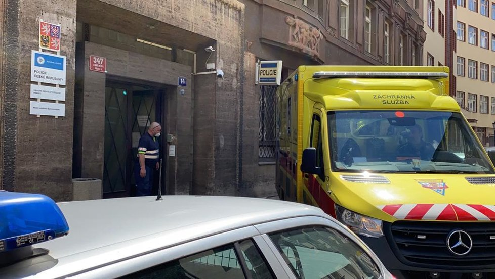 Nalezeného Jaroslava Uhlíře převezli do nemocnice