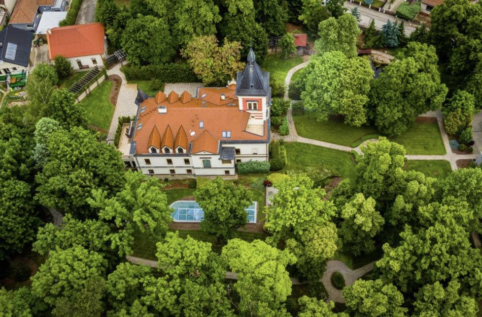 Zámeček ve Vinosadech poblíž Bratislavy, ve kterém bydlí slovenský expremiér Robert Fico