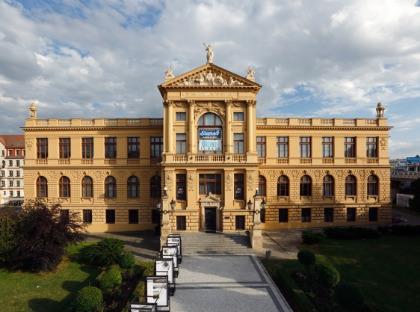 Historická budova Muzea hlavního města Prahy na Florenci.