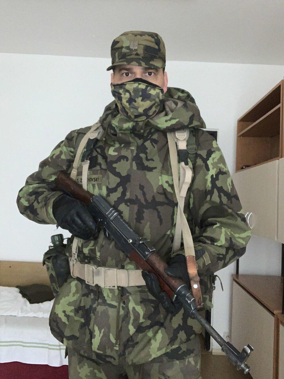Europoslanec a místopředseda KDU-ČSL Tomáš Zdechovský zhubnul 14 kilo a absolvoval vojenský kurz pro Aktivní zálohy české armády