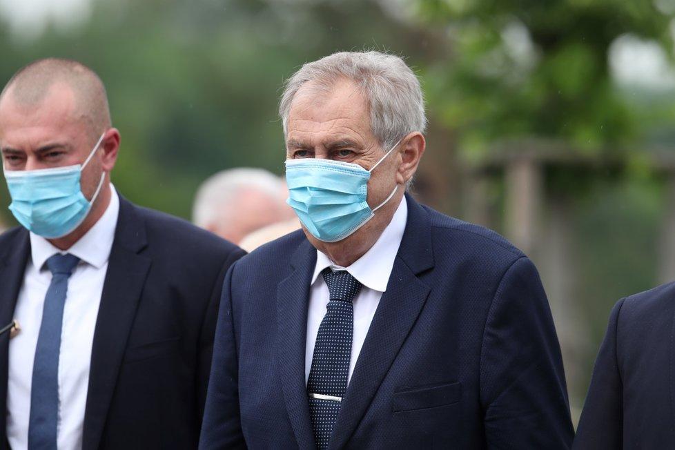 Pietní akt v Lidicích, kterého se účastnil i prezident Miloš Zeman. (10.6.2020)