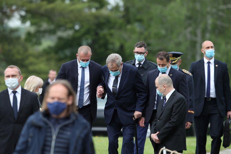 Prezident Miloš Zeman na pietním aktu k připomenutí 78. výročí vypálení Lidic (10.6.2020)