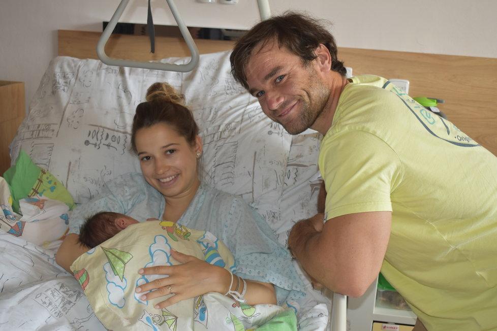 Šťastný Vavřinec s přítelkyní Lucií (25) a dcerkou Sárou