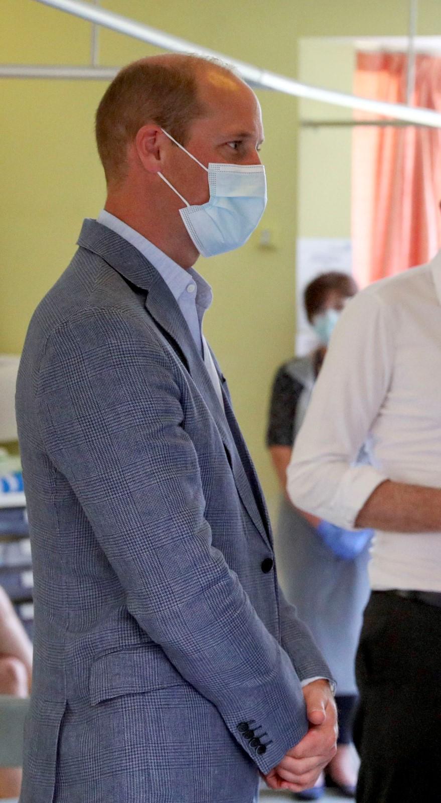 Princ William navštívil laboratoře, kde se vyrábí vakcína proti koronaviru (25. 6. 2020)